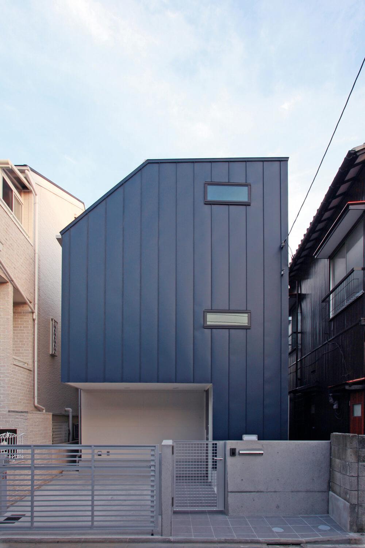 外壁ガルバリウム鋼板の納まりスケッチ ときどき電車の見える家 東京の